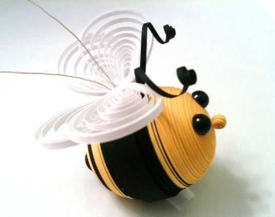 Bumble Bee Ornament Paper Quilled in Black and Yellow This adorable little bumble bee ornament was made entirely of paper quilling strips.