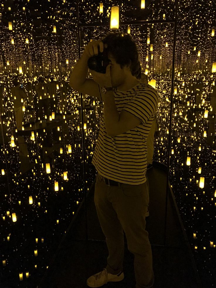 My son and I visited Seattle Art Museum's current exhibition, Yayoi Kusama: Infinity Mirrors on Friday. Organized by the Hirshhorn Museum…