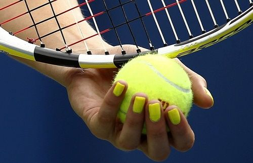 Looking for the list of women's who won US Open tennis championship? Then get here the complete list of US Open women's singles winners since 1881.