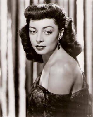 Marie Windsor- Great hair! If you like your films Noir, you want to know Marie Windsor.