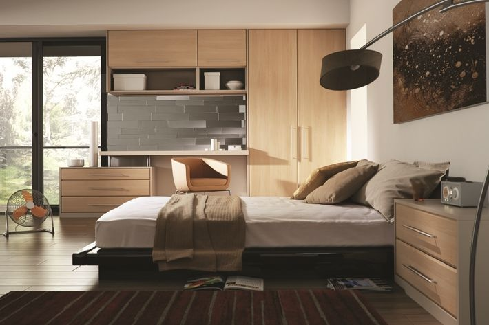 The Canadian Maple Lincoln bedroom design features a maple wood effect style, which gives this room a fresh take on a timeless design. A bespoke bedroom that is perfect for any modern home.