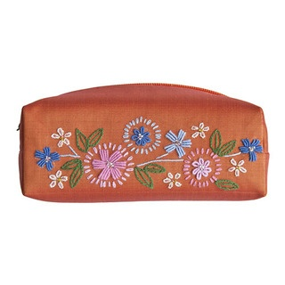 Our gorgeous Folk Flowers cylindrical make-up purse is perfect for ensuring your precious cosmetics are stylishly transported.