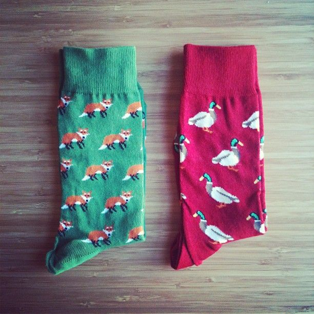 I am huge fan of 'animal socks' and definitely want these!