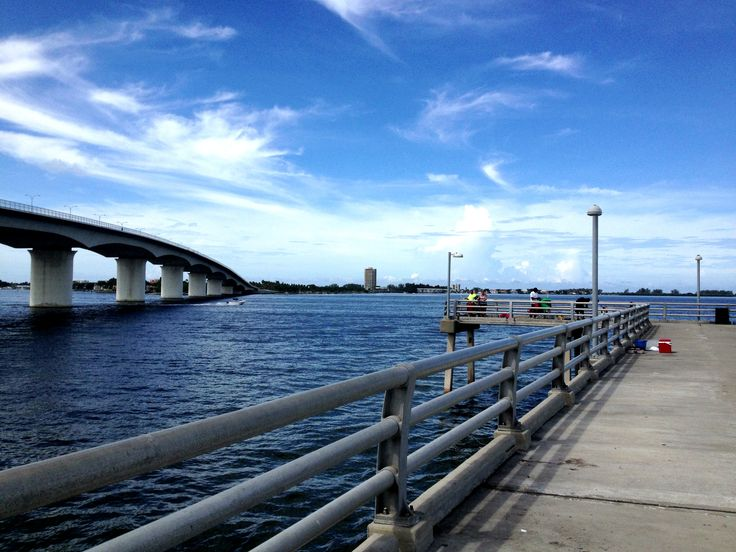 Sarasota fishing pier next to john ringling bridge for Sarasota fishing pier