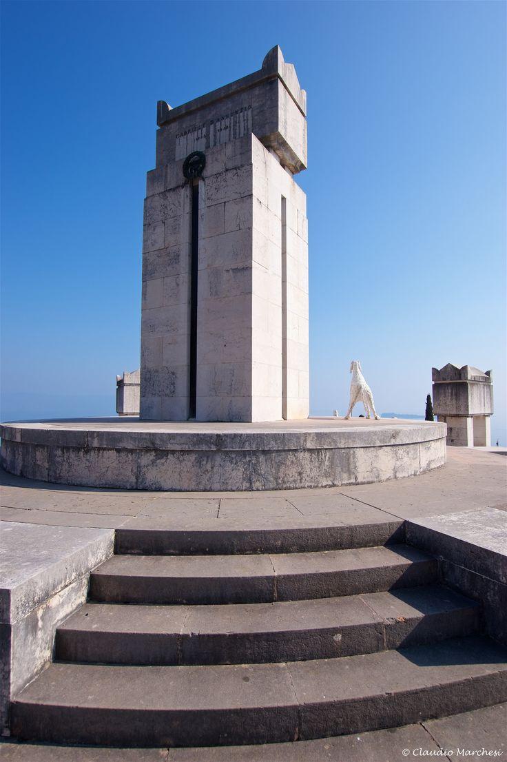 https://flic.kr/p/Ti3f5k   IMGP1419   Mausoleo e Tomba di Gabriele d'Annunzio al Vittoriale degli Italiani