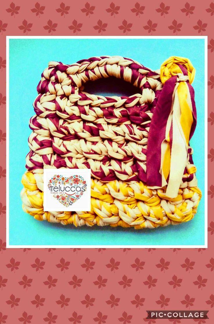 Bolso de trapillo plano cambinado. #trapillo #Trapillo #tejer #manualidades #hechoamano #hechoenmexico #crochet