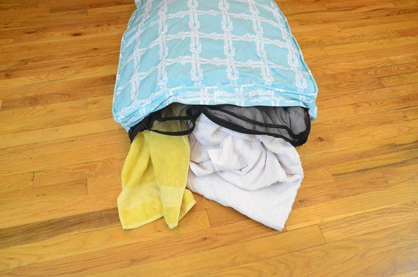 Eleanor Rigby DIY Bed Set- you stuff this with ur leftover clothes for a DIY, eco-friendly PET BED!