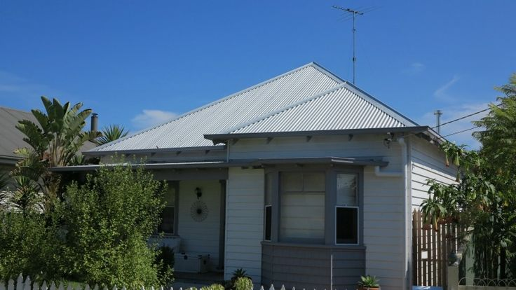 East Geelong Re-Roof and Extension
