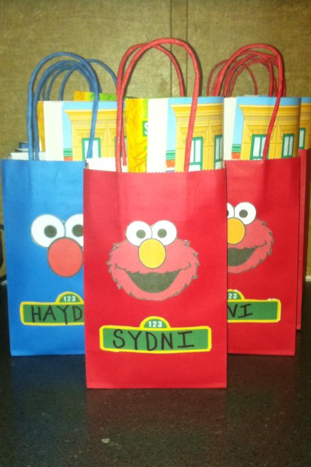 Elmo favor bags