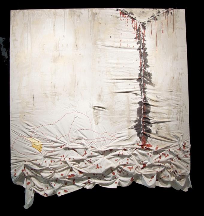 Oeuvre bidimensionnelle intégrant la peinture, la couture et la broderie, réalisée par Marie-Chantal Poirier, étudiante de 2e année.