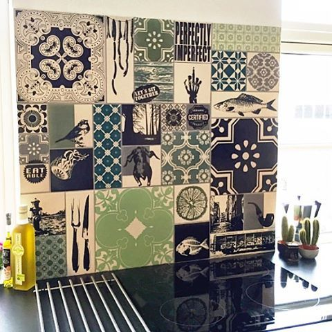 "126 Likes, 2 Comments - ARTTILES (@arttiles) on Instagram: ""Så fint blev det hjemme hos Thomas og Isabella #thanksforsharing #arttiles #kitchen #kitchentiles…"""