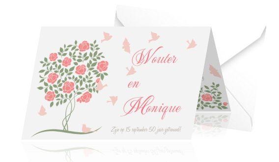 Een feestje begint met een mooie uitnodiging! Bestel deze dubbele liggende kaart voor een jubileum van 50 jaar getrouwd met roze vogels en mooie rozen.