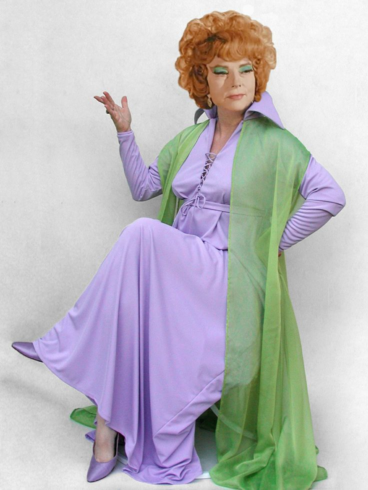 Agnes Moorehead as 'Endora' in Bewitched (1964-1972, ABC)