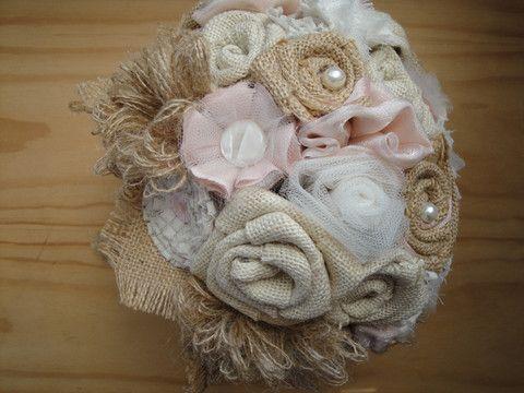 Shabby Chic Peaches and Cream Hessian Bridal Bouquet – Baroque Bridal Boutique