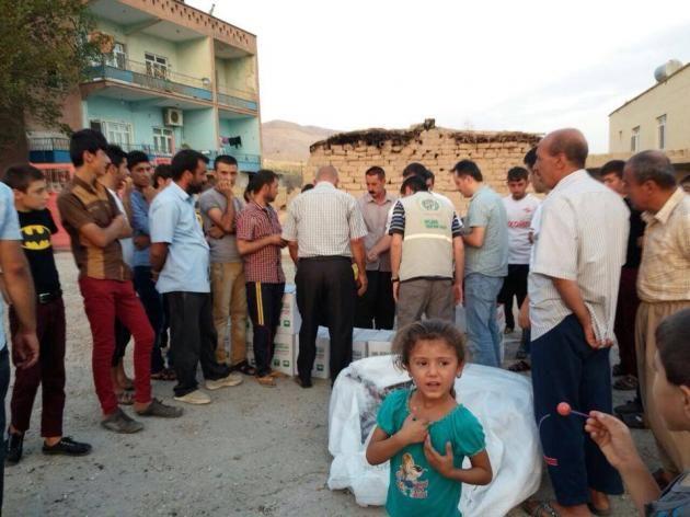 İHH'den 400 ezidi aileye yardım Haberi