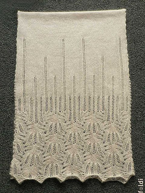 Ravelry: Panna Frost Flower Lace Shawl by Foldi knit
