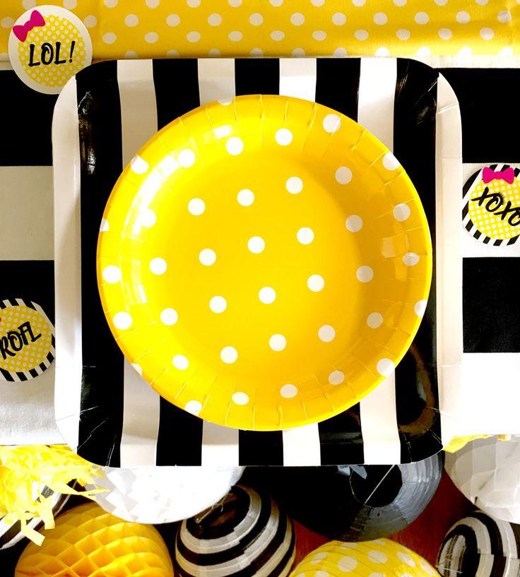 Emoji Themed Birthday Party Plates via Pretty My Party