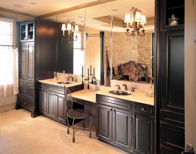 #bathroom, #built ins
