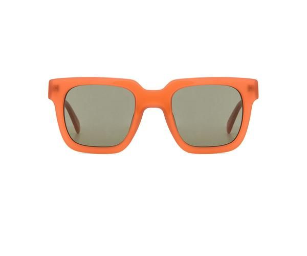 TheOrange Frame Sunglasses by Carla Colour are the proto-punk shades that are a must-have for any season. Whether complementing plaids in Autumn or light color