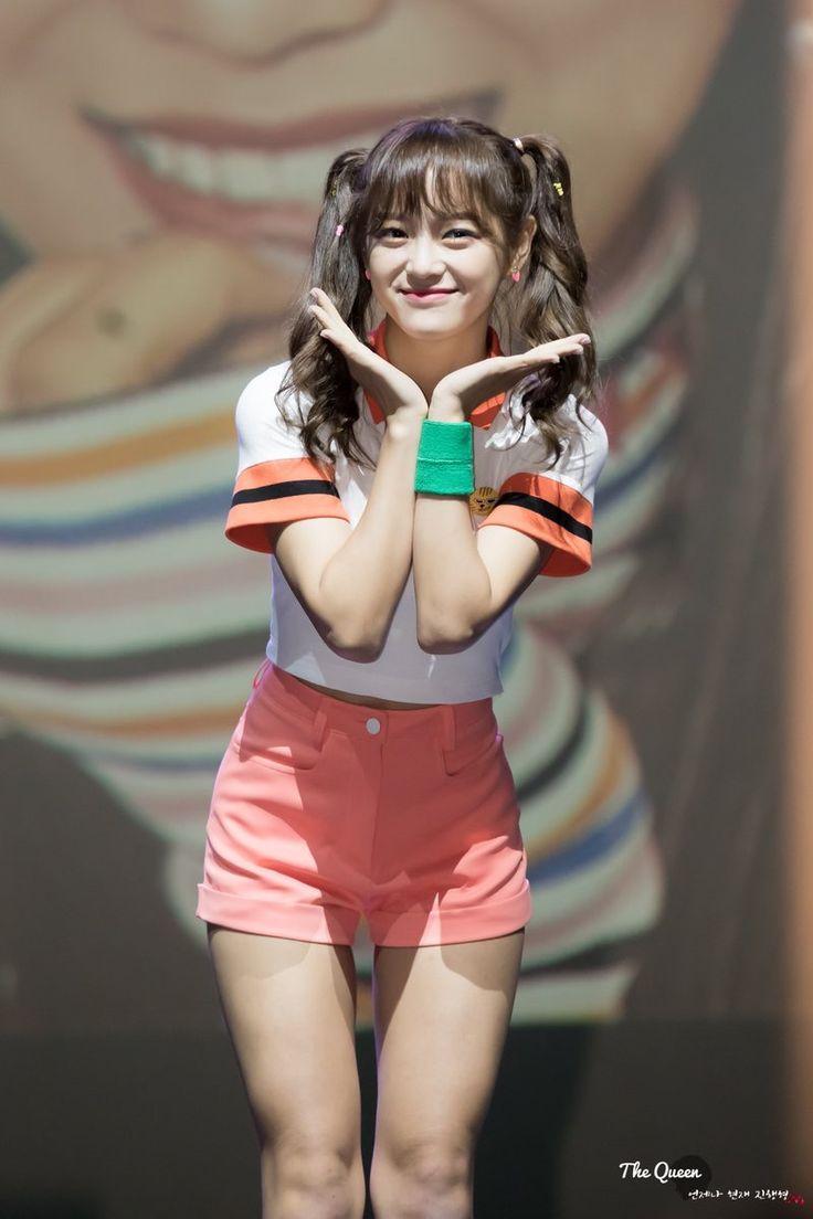 161017 - Kim Sejeong #IOI 2nd Mini Album 'Miss Me?' Showcase (cr.The_Queen_0828)