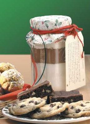 Chewy Brownie Mix in a Jar...cinnamon cookies too. Great holiday gift idea.