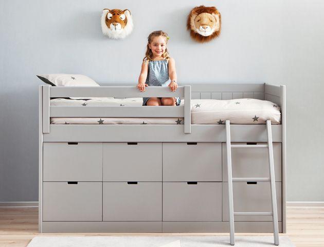 Dormitorio infantil en tono neutro con cama block