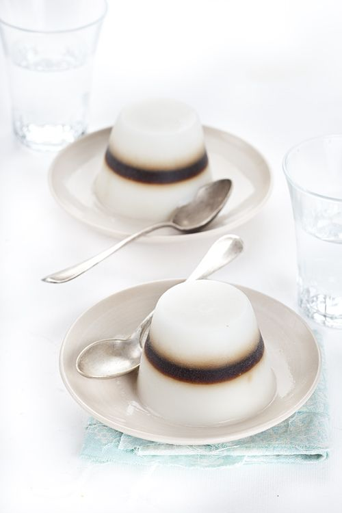 caffè leccese. The page is in Italian, but google translate says this is made out of almond milk (bleh) , coffee, and agar agar (vegan geletin).