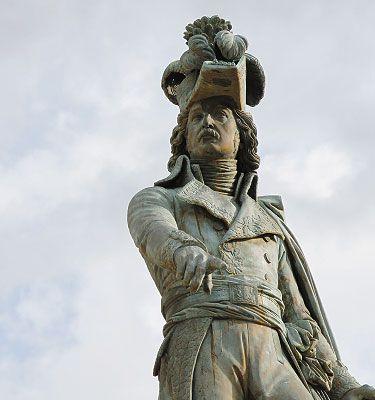 Général Desaix Le général Desaix (1768 – 1800) a été un grand général des guerres de la Révolution Française : http://www.auvergne.fr/content/desaix