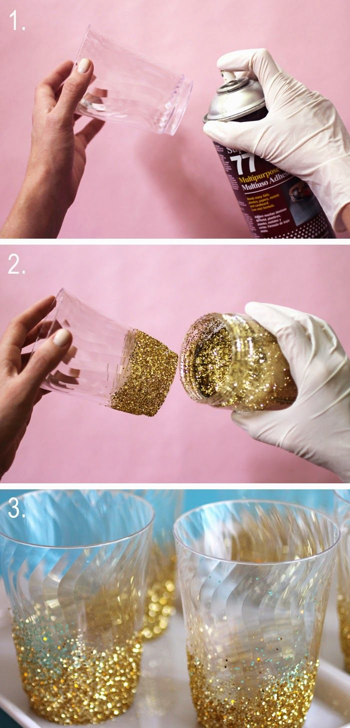 Décoration de pot à bougie PartyLite. Laque ou colle + paillettes. Trop beau !! Linen, Lace, & Love: DIY Glitter-Dipped Cups
