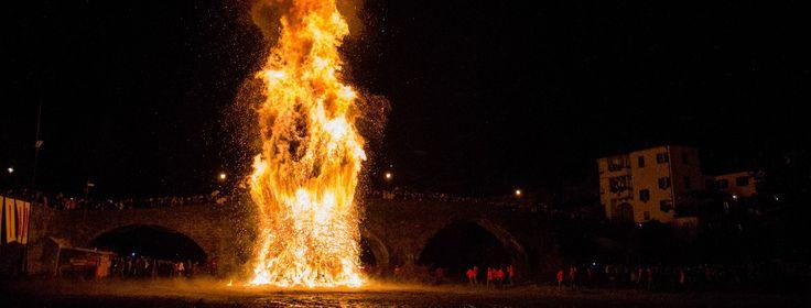 Gennaio, il mese dei Falò a Pontremoli :: La Lunigiana