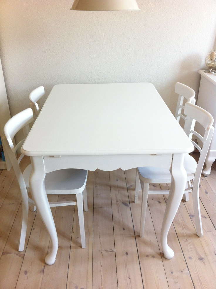 Just finished painting my new-old dinning room table