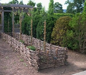 1000 images about wattle on pinterest gardens raised for Garden fence features