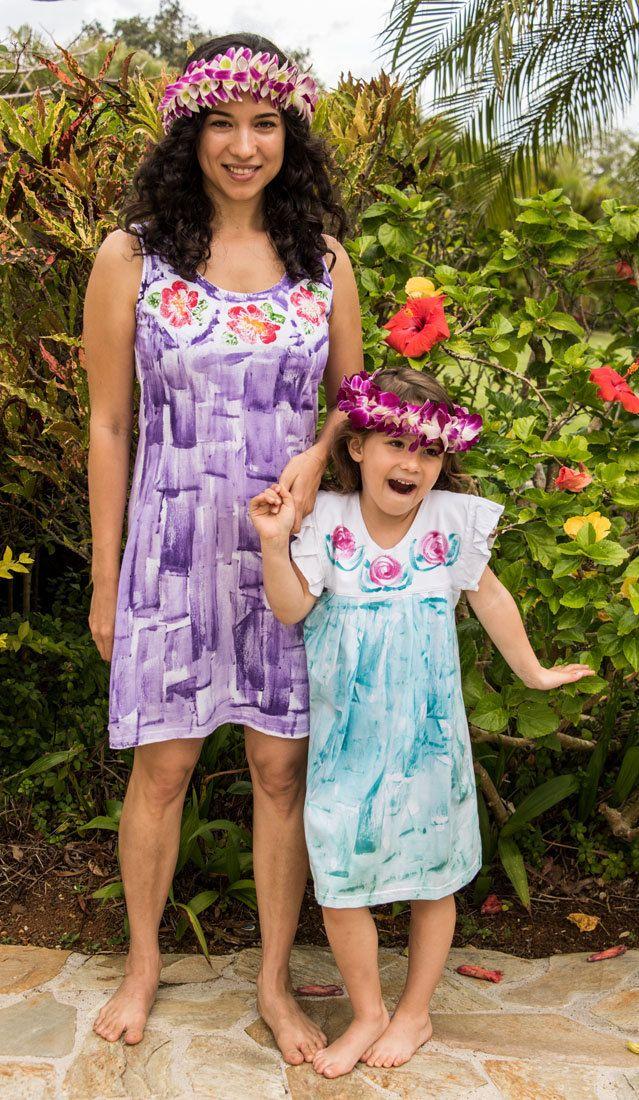 Matching dresses - hawaii hand painted - mother daughter outfit - mother daughter dress - matching outfits - plus size dress http://etsy.me/2FTcrHN #mothersday #etsyfashionhunter #etsyhandmade @HandmadeRT @FameRTR @DNRRTz @Retweet_Lobby