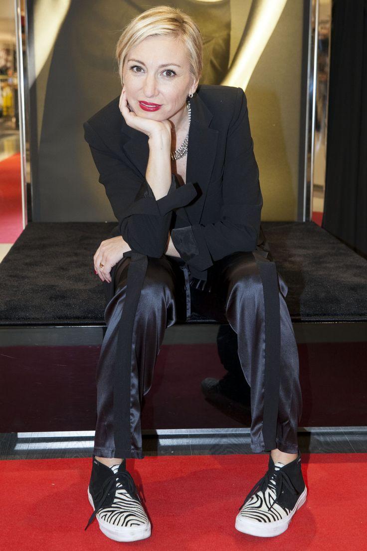 Wearing La Perla #lingerie. http://www.fashionblabla.it/style/un-pomeriggio-da-stylist-con-la-perla-e-lycra.html