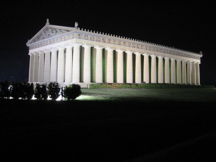 The Parthenon in Nashville, Tennessee is a full-scale replica of the original Parthenon in Athens, Greece. It was built in 1897 as part of the Tennessee Centennial Exposition.
