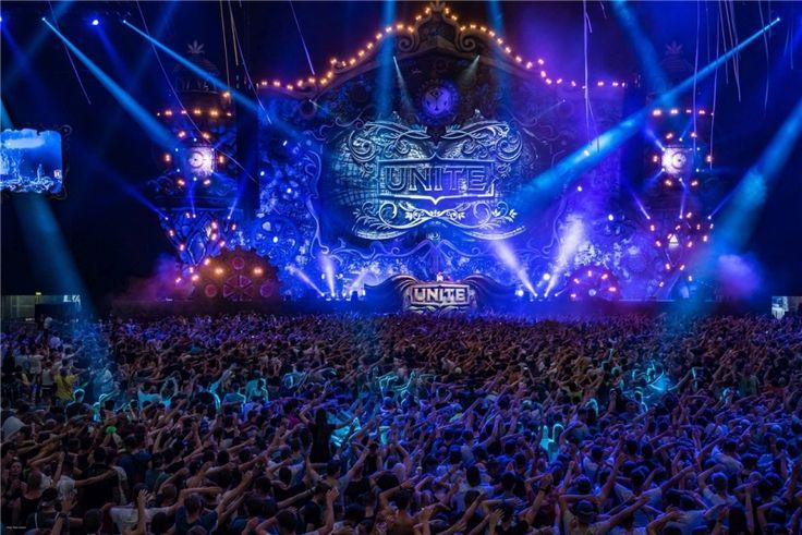 Wunderland: Party UNITE – The Mirror of Tomorrowland 29.07, Veltins-Arena, Gelsenkirchen