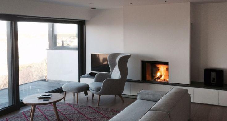 Stuv 21/75  #KernowFires #stuv #fireplace #woodburner #stove #cornwall #inset #installation #contemporary #kernowfires