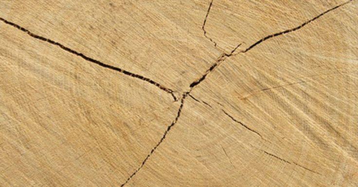 Juntas de dilatação em calçadas de concreto. A construção de uma calçada requer mais do que apenas que despejar o concreto. Para evitar rachaduras pouco atraentes em sua nova calçada, é importante instalar juntas de dilatação. Elas fornecem uma almofada entre a calçada e as estruturas fixas, como o meio fio, curvas, junções na calçada, fundações de casas e outros objetos fixos. As calçadas ...