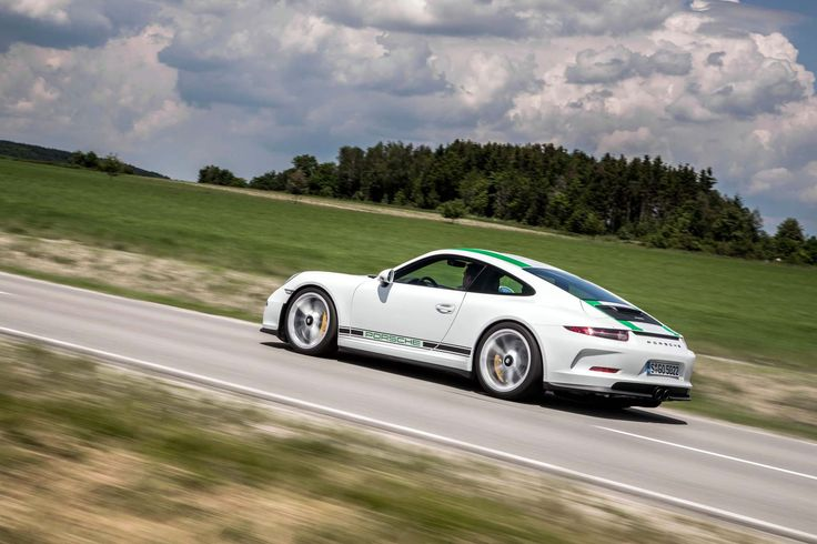Image for 2016 Porsche 911 R HD Pictures