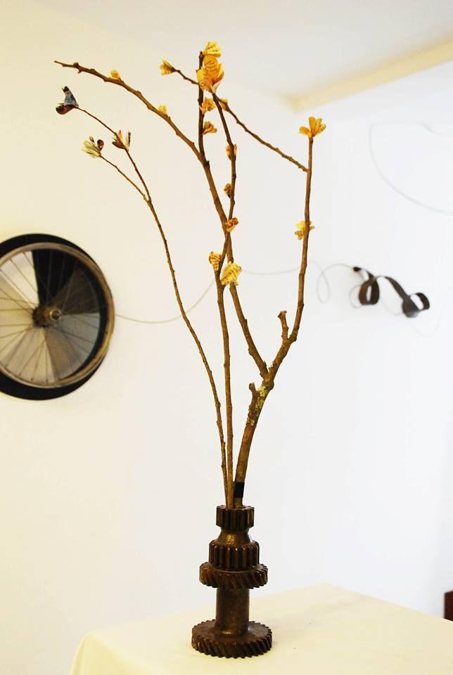 handmade cherry tree // cherry tree hecho a mano // flores de partituras