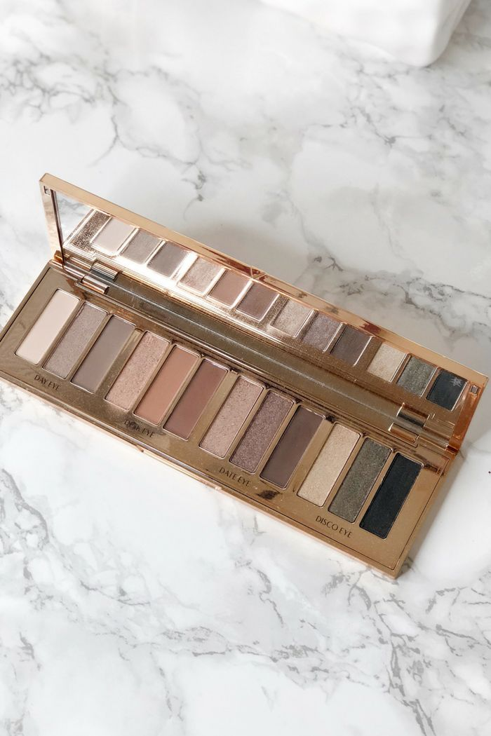 How many of you are a fan of Charlotte Tilbury products? A few months ago I wrote a review on their Magic Foundation & Light Wonder foundation.I was not disappointed by their foundations at all. So when I received their Instant Eye Palette, I was definitely curious to see if this high-end eyeshadow palette stood...Read the Post