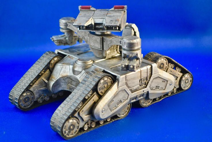 Neca Cinemachines Hunter-Killer tank from Terminator 2.  Great series of Die-cast vehicles from SF films.  Photo by Stan G. Hyde