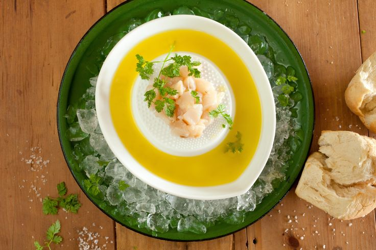 Scallop Sashimi with Olive Oil and Lemon - Maggie Beer