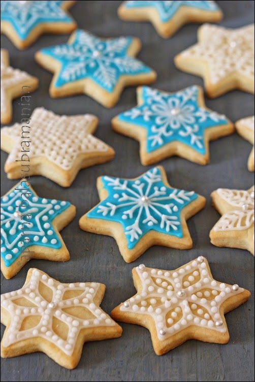 My Diverse Kitchen - Food & Photography From A Vegetarian Kitchen In India : Eggless Snowflake (or Star) Cookies