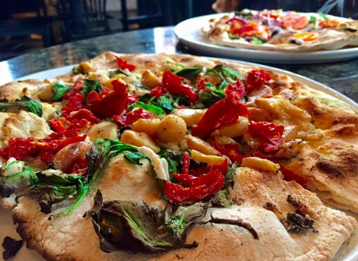 Best 25+ Uptown pizza ideas on Pinterest | Pizza store, Pizza ...