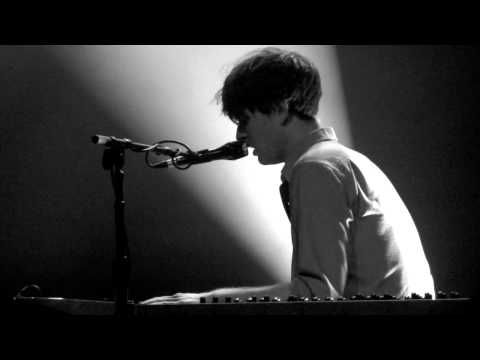 James Blake Concert in Barcelona, Aug 22, 2014 8:00 pm | Party Earth