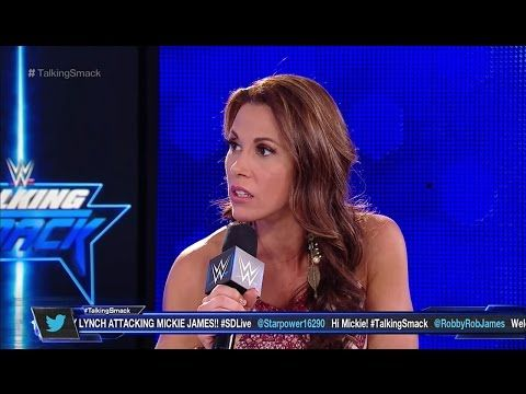WR 3D: Mickie James vs. Victoria (Smackdown Live) - YouTube