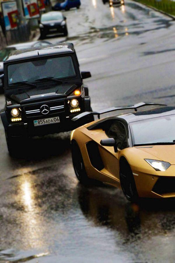 Mercedes Benz Classe G et Lamborghini Aventador Mercedes Benz G Class and Lamborghini Aventador  #jeep #lamborghini #cars #extremsport
