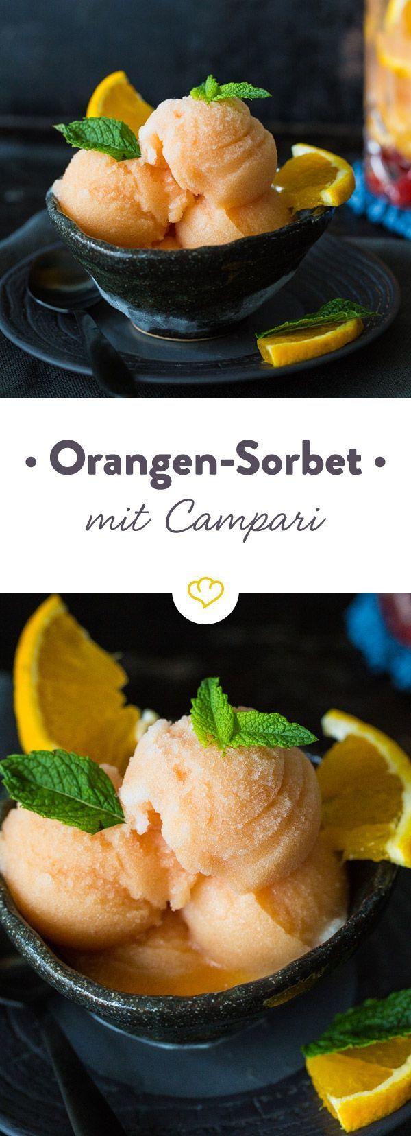 Glück ist, wenn sich fruchtige Orange und ein Schuss Campari zusammentun, um dir warme Sommertage Löffel für Löffel als kühles Sorbet zu verschönern.