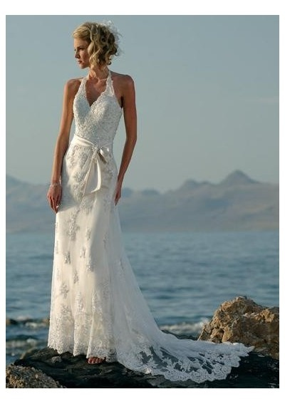 Lace Beach Halter Wedding Dress - http://casualweddingdresses.net/halter-wedding-dresses-are-such-a-hit-for-casual-weddings/